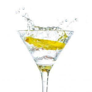 ¿Tu cuerpo es demasiado ácido? beber agua