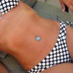 secar un bikini mojado con paquetes de gel de sílice