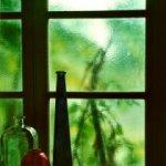 condensación de ventana con paquetes de gel de sílice