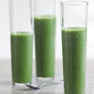 alimentos crudos - jugo verde