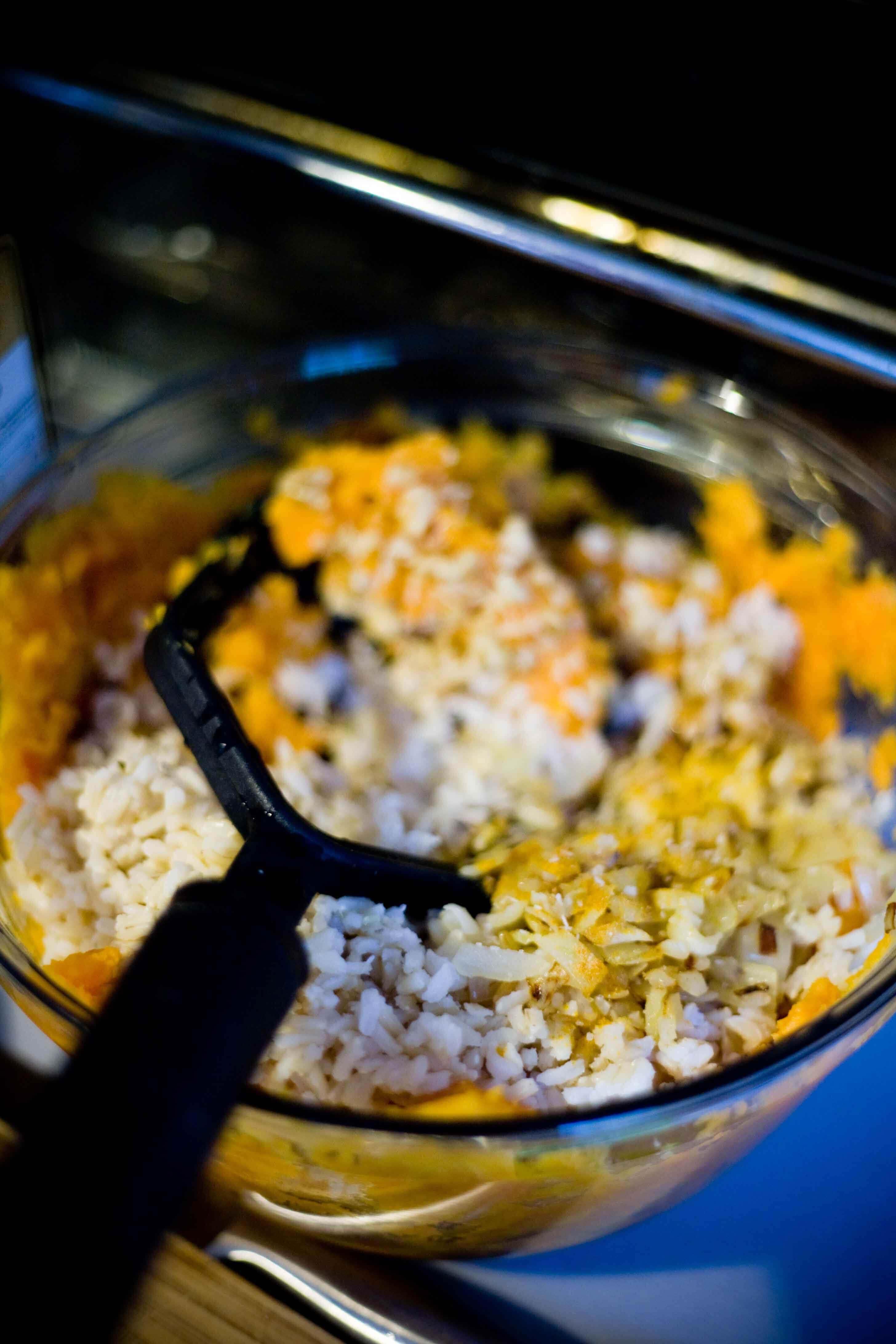 Mezcla de empanadas de camote y arroz integral